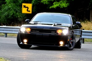 2011_dodge_challenger-srt8_front_ns_31313_717