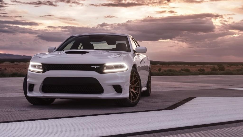 2015 Dodge Charger - Dodgedealerny - 01